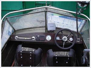 панель управления на лодку