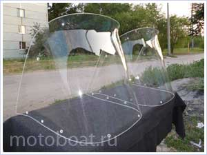 стекло на лодку саратов